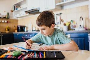 Die passende Ausrüstung fürs Homeschooling